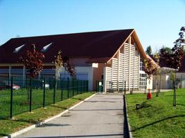 L'école maternelle (côté entrée)
