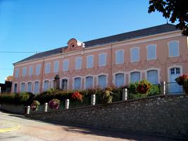 L'école primaire (extérieur)