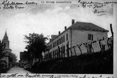 École et église en 1931
